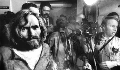 HOY / La inocencia hippie acabó hace 50 años con los crímenes de Charles Manson