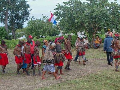 Tras 30 años de lucha, los Guaná reciben títulos de sus tierras
