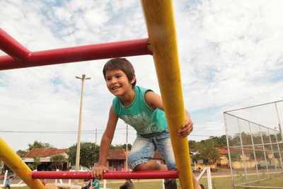 Ministro reafirma compromiso de implementar políticas públicas de primera infancia