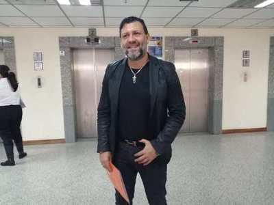 Víctor Bogado emplazado por la justicia