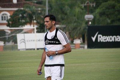 Roque y Otálvaro vuelven al once titular