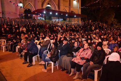 Gran concurrencia en Serenata a San Lorenzo