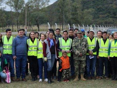 Ciudadanos se unen para limpiar trayecto de Paraguarí-Piribebuy
