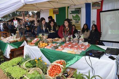 Se realizó la primera edición de la Expoferia del tomate en Misiones