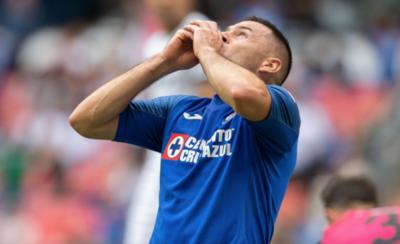 HOY / Aguilar y Escobar ganan en México con el Cruz Azul