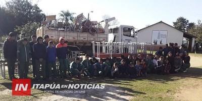 MUNICIPALIDAD ENTREGÓ MOBILIARIOS EN ESCUELAS DE SAN PEDRO DEL PARANÁ.