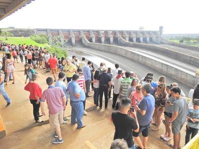 Más de 347.000 turistas visitaron los atractivos de Itaipu a julio de 2019