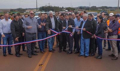 """MOPC inaugura primera ruta """"Llave en mano"""""""