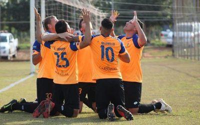 Itapuense, Athletic y Caacupeña lideran el Nacional B