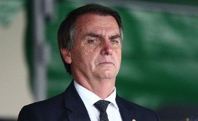 """Bolsonaro afirma que no quiere """"hermanos argentinos huyendo hacia Brasil"""""""