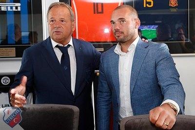 Sneijder se retira del fútbol