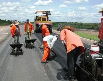 MOPC adjudica primeros tramos del proyecto de duplicación de la Ruta Transchaco