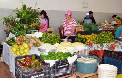 Ante ingreso de productos de contrabando, venta de frutihortícola nacional mermó 50%