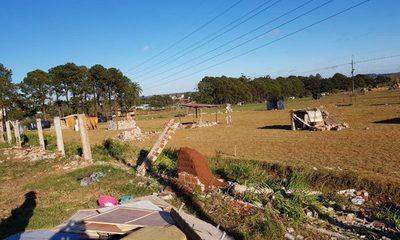 Desalojan granja Jebai