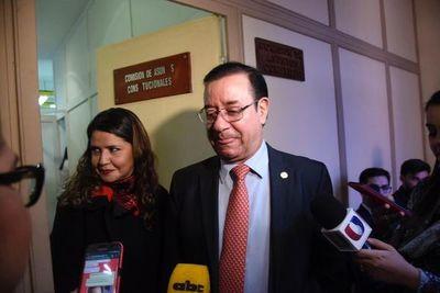 Diputado Miguel Cuevas afirma que pedirá su desafuero
