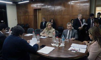 Titular de la Corte se reunió con Comisión de Presupuesto