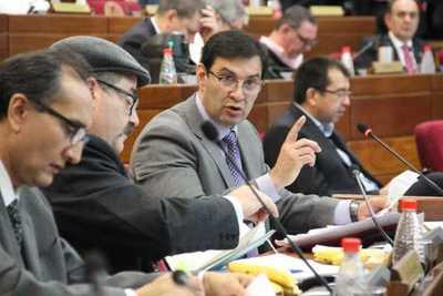 Silvio Ovelar cuenta detalles de la reunión de oficialistas con Cartes