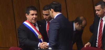 Cartes recibió a senadores de Añetete