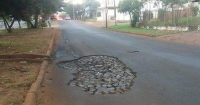 Tras varios reclamos, concejales aprueban llamado a licitación para asfaltado y bacheo