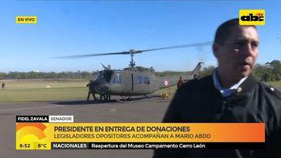 Presidente en entrega de donaciones