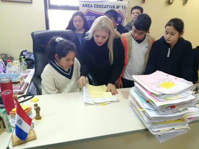 Estudiantes visitan sede del Palacio de San Lorenzo