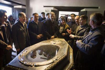 Mario Abdo Benítez inauguró obras en Paraguarí