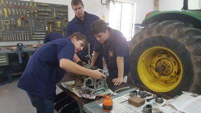 Otorgarán Becas para potenciar formación profesional de jóvenes a nivel país