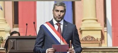 El 65 % de la ciudadanía aplaza gestión de Abdo Benítez