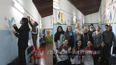 VOLUNTARIOS PINTAN MURALES EN EL HOSPITAL PEDIÁTRICO DE ENCARNACIÓN