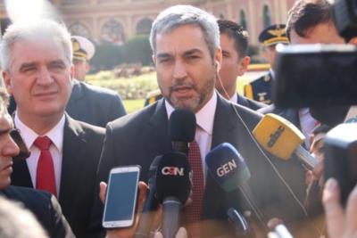 'Nadie quiere ser ministro de un presidente que puede ser destituido la semana que viene', afirma Mario Abdo
