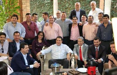 """Cartes: """"Paraguay está primero, vamos a trabajar unidos por el país"""""""
