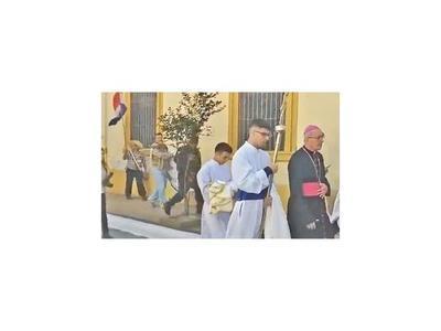 Arzobispo declaró ayer ante el fiscal y pidió pacificación