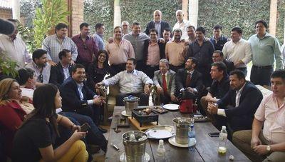 """Colorados instan a seguir gobernando con """"errores, aciertos y sombras"""", según Alliana"""