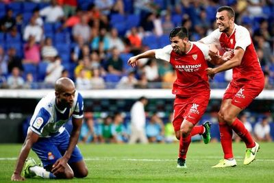 La pegada del Sevilla se impone al Espanyol