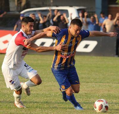 Luis Ibarra evitó la derrota de Luqueño