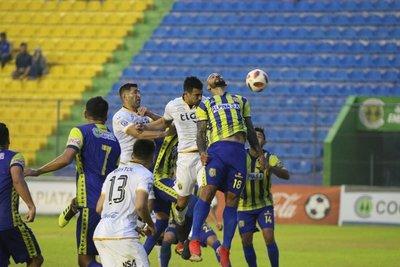 Guaraní triunfó 2 – 1 ante Deportivo Capiatá