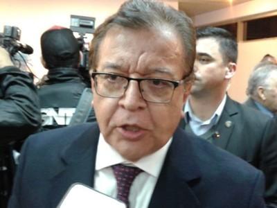 La oposición está irritada por el 'abrazo republicano', dice Nicanor