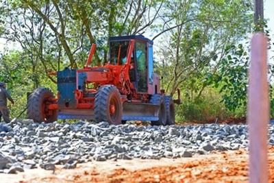Maquinarias pesadas llegarán en balsa para construcción de Segundo Puente
