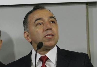 """Por el lado de los tomates y otros rubros de producción aprietan a Abdo para frenar """"invasión"""" argentina"""