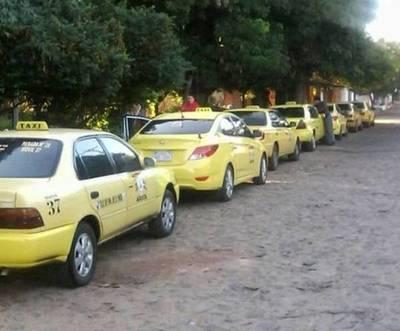 Paradas de taxi: la próxima semana se conocería el destino del negocio