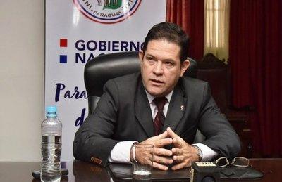 Mario Abdo destituye al presidente del IPS y a dos consejeros