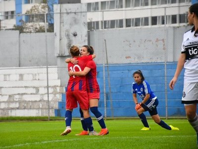 Cerro Porteño se queda con el clásico en fútbol femenino