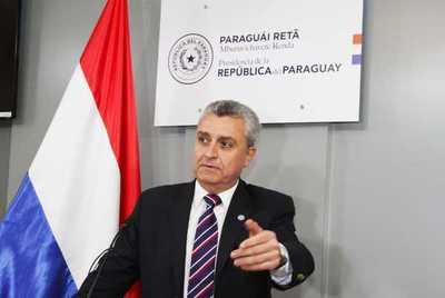 """Según medios afines a Cartes el """"abrazo republicano"""" depende de la destitución del Ministro del Interior"""
