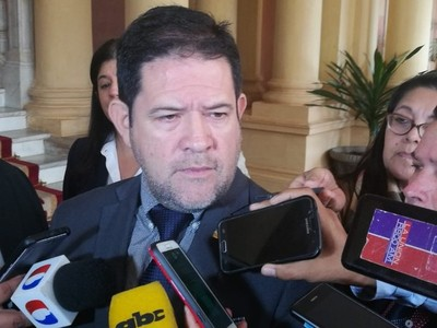 Armando Rodríguez fue destituido del IPS por 'hechos graves de corrupción', según sindicalista