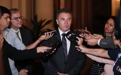 ANDE ratifica a Brasil que no renunciará a energía excedente