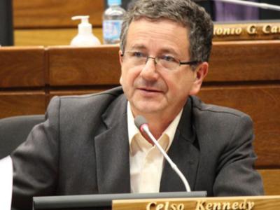 'El presidente volverá a tener la tranquilidad para burlarse de la gente', afirma diputado opositor