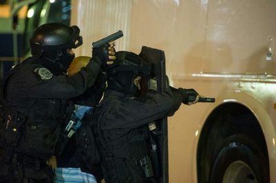 El secuestrador del puente de Rio, abatido por la policía