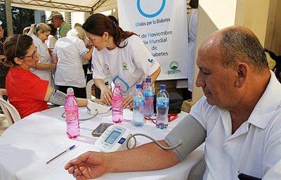 Salud lanza concurso para contratar a 616 profesionales de salud