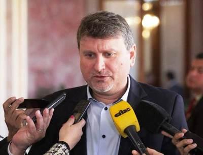 Ministro confía en que controles anticontrabando mejoren comercialización interna de tomate
