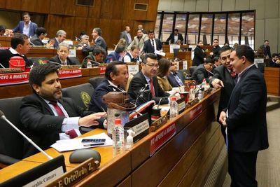 Diputados rechaza juicio político